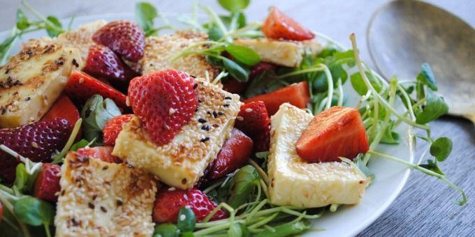 I Quit Sugar – https://iquitsugar.com/recipe/sesame-crusted-haloumi-strawberry-salad/