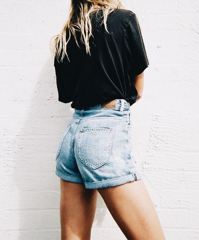 19fa2f43b77 summer style  fashion  ootd. summer style  fashion  ootd Black Denim Shorts  Outfit ...