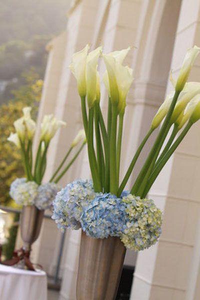 Best 25 Cylinder Vase Centerpieces Ideas On Pinterest
