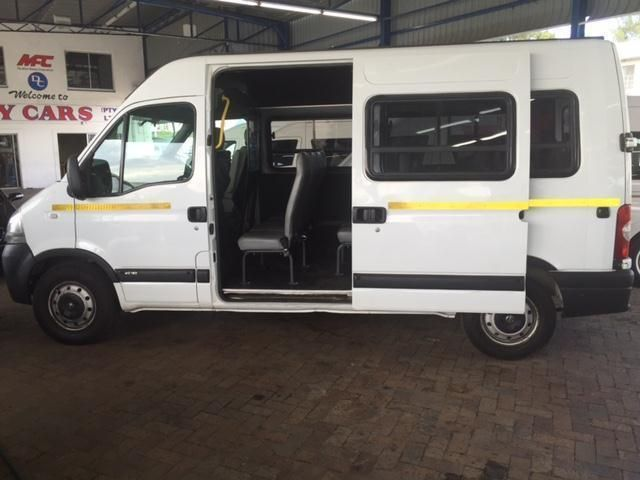 2008 Nissan Interstar 2.5 dCi 16 seater for sale!! in Parow image 1