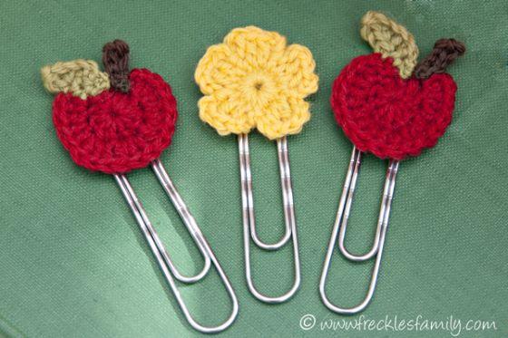 Crochet Apple Bookmark1 blog