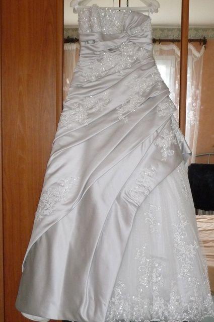 Les 10086 meilleures images propos de robes de mari e et for Robes d occasion pour les mariages plus la taille