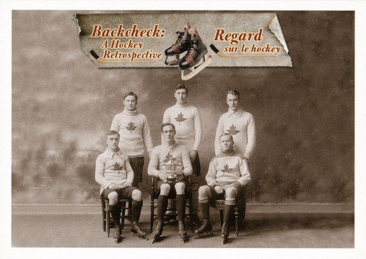 6. Équipe canadienne de hockey sur glace d'Oxford, champions d'Angleterre, en 1909-1910.  Gustave Lanctôt, membre de l'équipe canadienne de hockey sur glace d'Oxford, a travaillé plus tard pour le gouvernement du Canada à titre d'archiviste fédéral. #CartesDeHockey