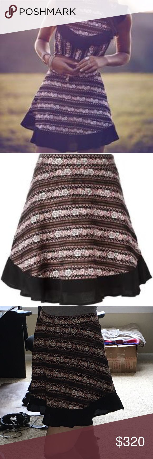 FL&L Persephone mini skirt nwt Perfect condition, sold out. No trades, bundle discounts. True to size small. Crosslisted elsewhere For Love and Lemons Skirts Mini