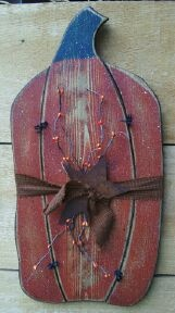Briar Hollow-Country and Primitive Hand Crafts