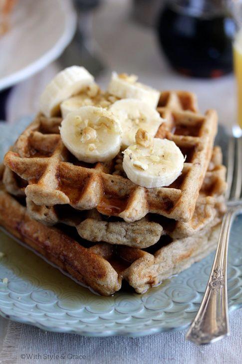 Banana Bread Waffles {gluten-free}: Bananas Waffles, Gluten Fre Bananas, Banana Bread, Raw Honey, Breads Waffles, Gf Bananas Breads, Breakfast Food, Gluten Free Bananas, Brown Rice Flour Waffles