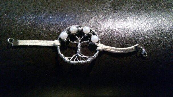 DIY life-tree bracelet
