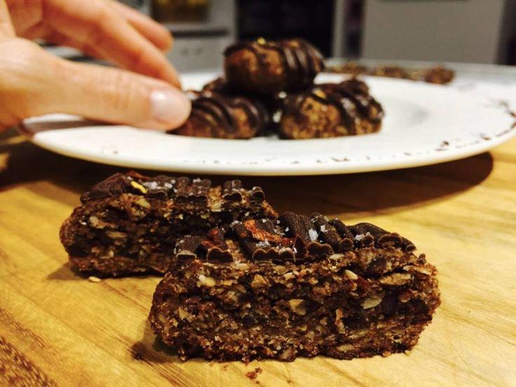 Chocolate Honey Chilli Cookies (refined sugar free, egg free, nut free, dairy free)