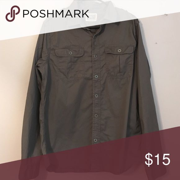 Converse collared long sleeve shirt men size M This shirt is in great condition. Converse Shirts Casual Button Down Shirts