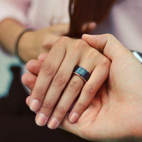 Aliança permite sentir batimento cardíaco da pessoa amada