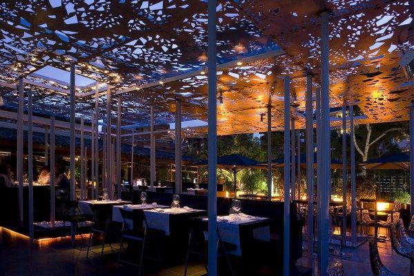 Iluminaci n exteriores iluminaci n de terrazas iluminaci n de restaurantes la renovada terraza - Iluminacion terrazas exteriores ...