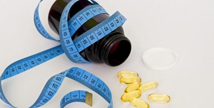 Stosujesz różne diety znalezione w internecie lub kolorowych czasopismach. Trzymasz się wytycznych, które powtarzają w telewizji, a mimo to cały czas nie widać efektu? Zastanawiasz się w jaki sposób schudnąć zdrowo i skutecznie.  __________ ► Imgur: http://dietaochudzajaca.imgur.com ► Pinterest: https://www.pinterest.com/skutecznadieta ► Tumblr: https://dietaodchudzajaca.tumblr.com/ ► WWW: http://dieta-odchudzajaca.com.pl/