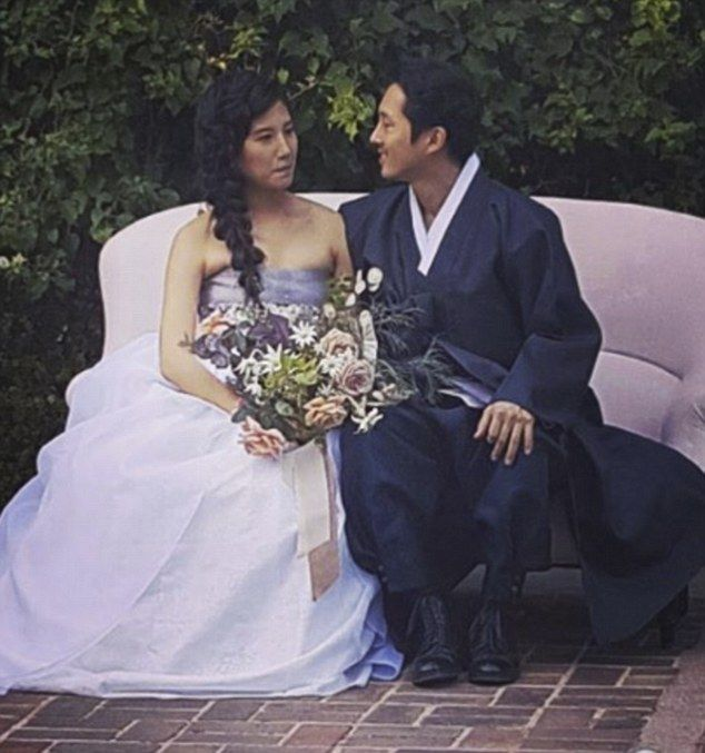 *LOOK at the modernized hanboks OMG *-* Steven Yeun Wedding | Mr and Mrs Yeun: Steven Yeun has married his longtime girlfriend Joana ...
