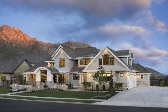 House Plan 920-24 Stunning, love the arched covered patio and A frame loft