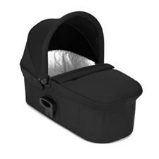 Baby Jogger Deluxe Pram  The Deluxe Pram offers your newborn a soft and comfortable spot to rest with a luxurious quilted interior, a large vented sun canopy with a UV 50+ rating, a pop out sun visor and wind guard to protect baby from the elements.