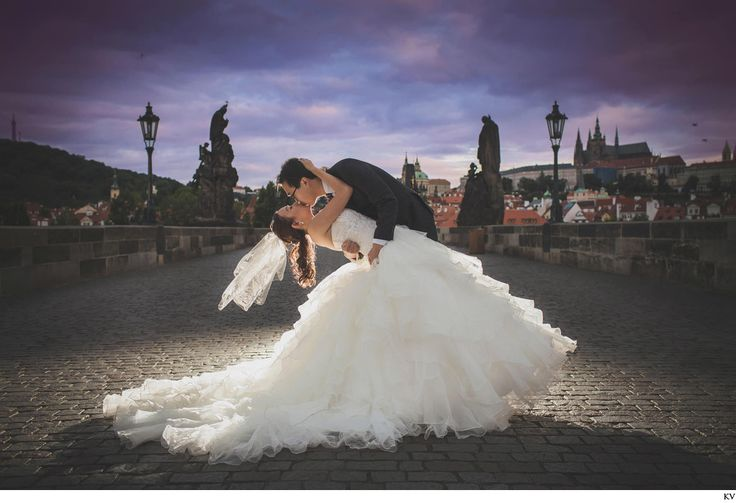 pre wedding in Prague at the Charles Bridge