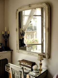 InteriorInstyle Blog: DECORATING IDEAS: FRENCH STYLING. CREATING A PARISIAN APARTMENT LOOK.