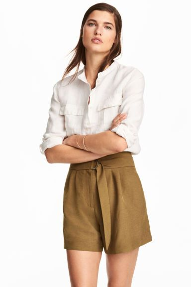 Pantaloni scurți înalți - Kaki - FEMEI | H&M RO 1