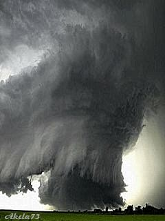 4/3/2014 9:16pm  A tornado forming News just on television tornadoes WARNING Texas and Arkansas and night not over yet..link to weather.com in times of weather go there.