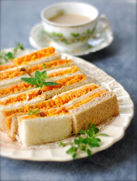 carrot cheddar curry tea sandwiches | ChinDeep