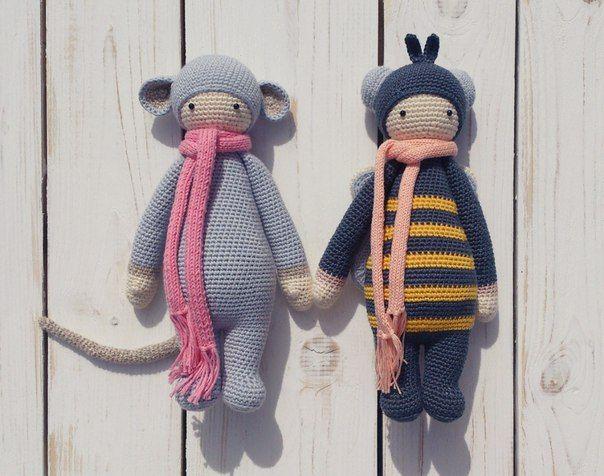 rat & honeybee are friends / мышь и пчелка / мастерская Songbird; на основе дизайнерских схем на основе схем игрушечного проекта дизайнера Lydia Tresselt (Германия); #baby #crochet #knitted #amigurumi #little #friends #songbirdstudio #cotton #craft #toys #cute #lalylala #pattern #colors #rat #bee #handmade #scarf #needlework #wood #white #doll
