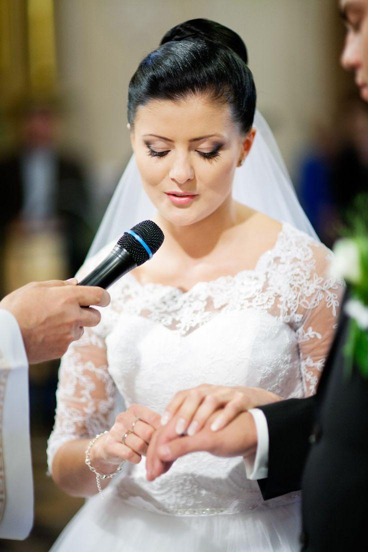 Fotografia ślubna w najważniejszym momencie :) Czyli przysięga Pani młodej .