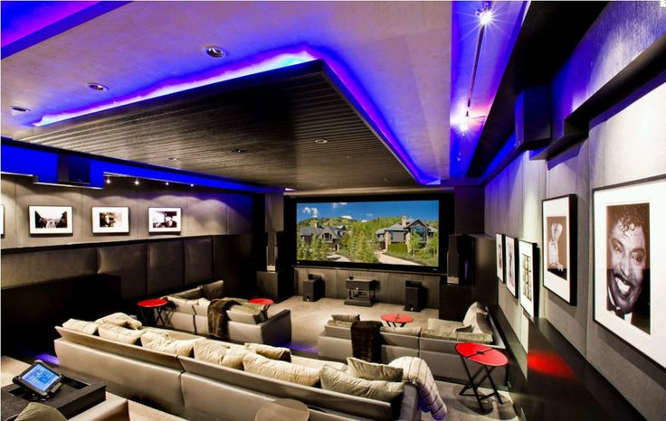 The Ultimate Man Caves for Dad Theatre Nice and Ultimate man cave