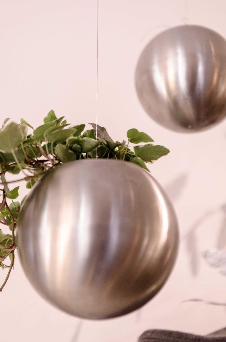 Unusual Balls! #iron #grass #homedecor You can find it @boschettotre