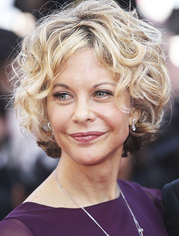 Today is Meg Ryan's birthday. Read how her stile has changed within 30 years: http://www.allure.ru/zvezdy/sekrety_zvezd/75430_evolyutsiya_obrazov_meg_rayan.php
