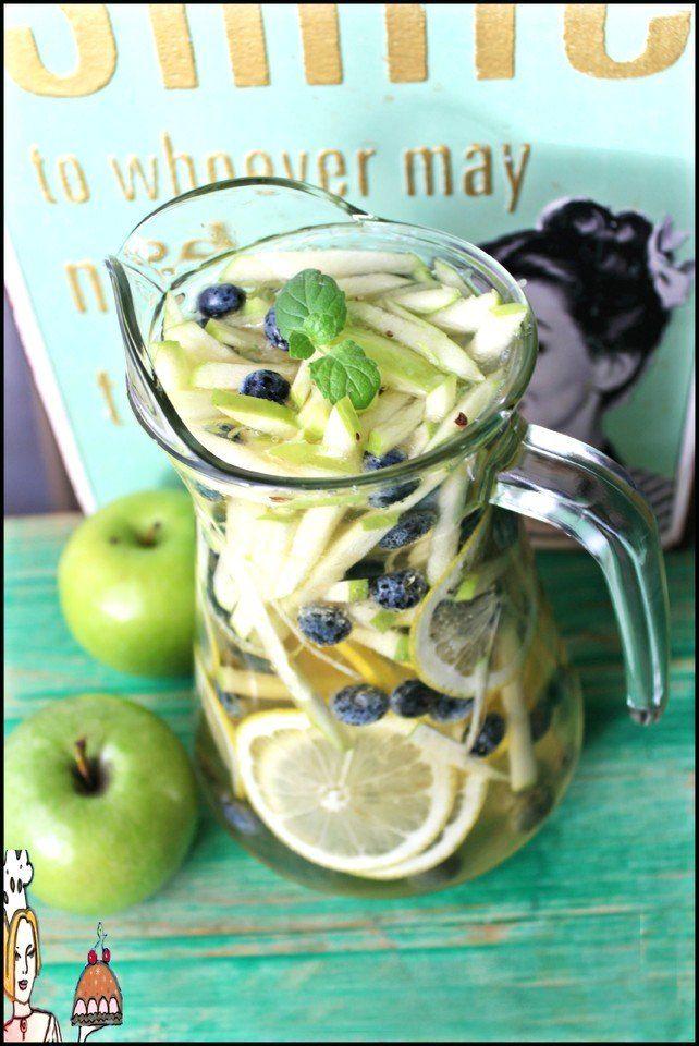 Sangria de maçã ♥♥♥ - http://gostinhos.com/sangria-de-maca-%e2%99%a5%e2%99%a5%e2%99%a5/