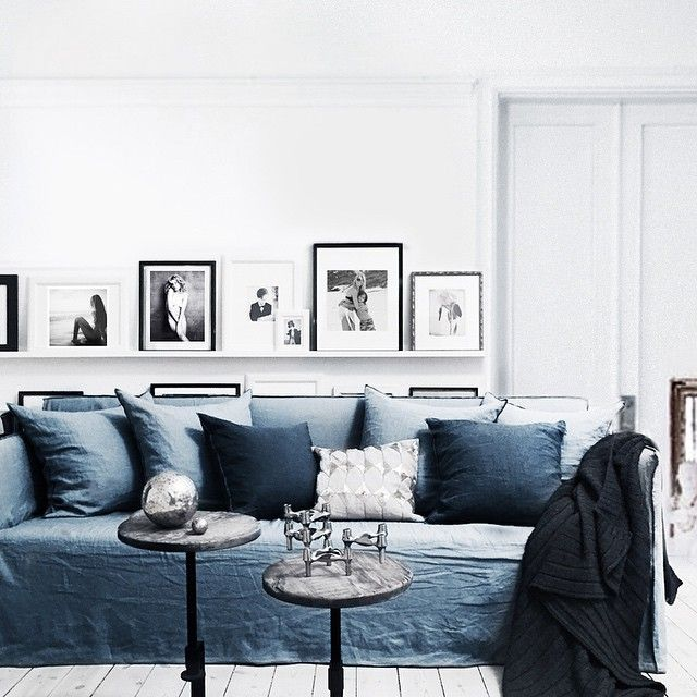 Mixing indigo with light textures and other blue tones creates a calm and relaxing environment.