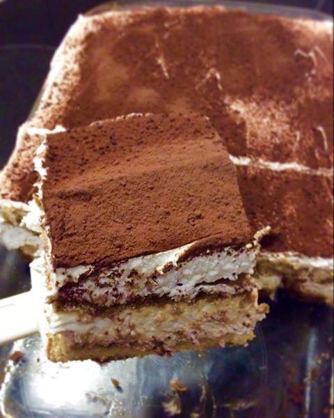 The Best Tiramisu!!! Υλικά: * 500 γρ τυρί κρέμα Φιλαδέλφεια * 1 κουτί ζαχαρούχο γάλα * 200 γρ. κρέμα γάλακτος * 2 συσκευασίες μπισκότα σαβαγιάρ * 1 ½ με 2 κούπες καφέ φίλτρου * 1 κουτ.σούπας κονιάκ * Κακάο σε σκόνη για το πασπάλισμα Loading... Εκτέλεση: Σε ένα μεγάλο μπολ χτυπάμε την κρέμα γάλακτος μέχρι …