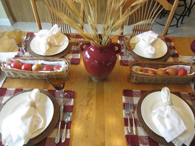 Red and White Fall Table Setting