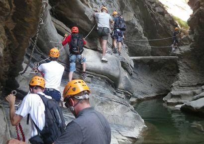 Découvrez notre journée Via Ferrata dans les Pyrénées ! Vivez des sensations exceptionnelles avec cette activité intermédiaire entre randonnée pédestre et escalade. http://www.sud-ouest-passion.fr/forfaits/journee-via-ferrata-dans-les-pyrenees-avec-dejeuner-montagnard/#.V4TS9PmLTIU