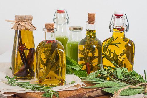 Различни видове ароматизирани зехтини