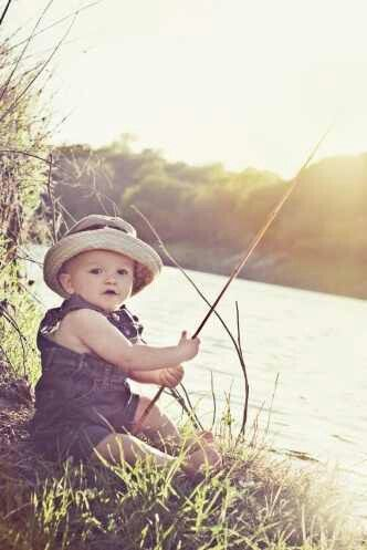 Omg i 39 m dying too cuute future little sprout pinterest for Little kid fishing pole