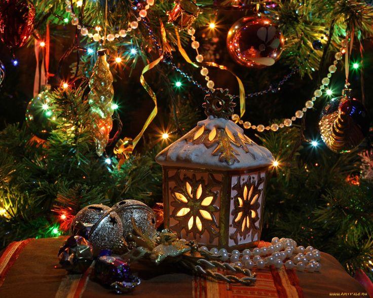 Обои Праздничные Украшения, обои для рабочего стола, фотографии праздничные, украшения, ветки, ель Обои для рабочего стола, скачать обои картинки заставки на рабочий стол.