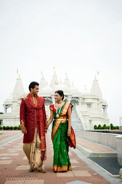 Engagement Photoshoots: Ethnic Rani by Divine Method Photography - ModernRani - South Asian Wedding Blog & Directory