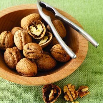 Una manciata di noci al giorno migliora (anche) la memoria - Nutrizione naturaleL'altra Medicina Magazine