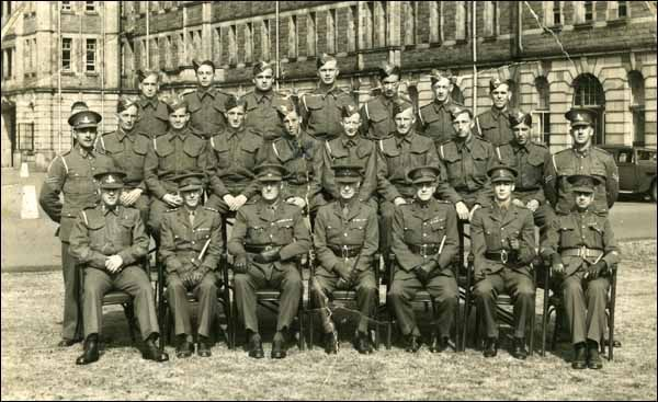 Newfoundlanders and Labradorians in WW II