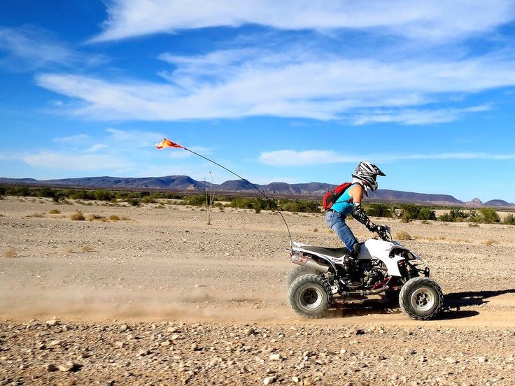 Blowing up the #desert is the best way to blow off steam! www.raventurous.com #atv #quad #yfz450r #offroad #glamis #california #arizona #yuma #trailride #riding #trails #womenwhoride #raventurous