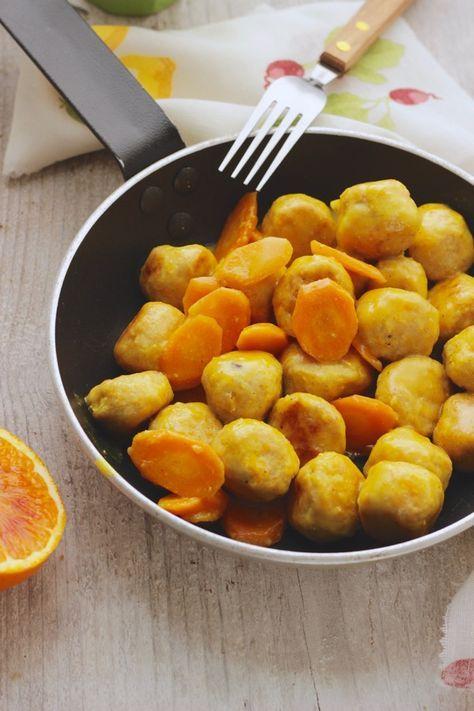 Polpettine di pollo con carote e succo di arancia