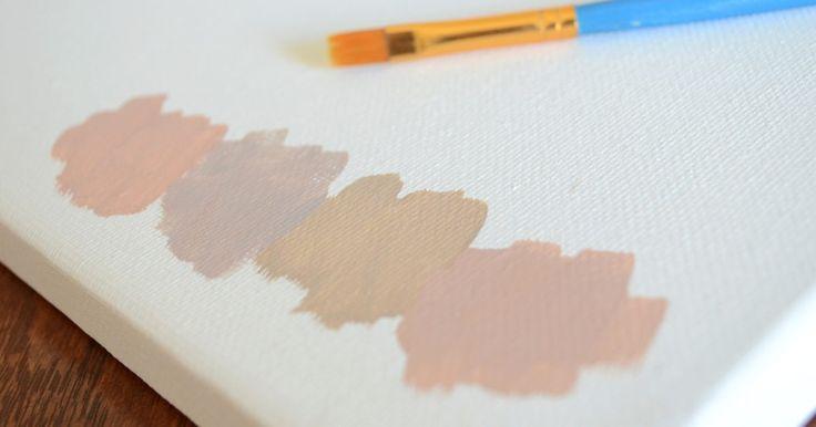 """Quais cores misturadas resultam no cáqui?. O dicionário Aulete define cáqui como """"a cor do barro, da terra e da poeira"""". Muitas vezes, um termo vago usado para descrever tons claros de oliva a de terra marrom-amarelada, o cáqui é mais frequentemente associado com a cor de alguns uniformes militares."""
