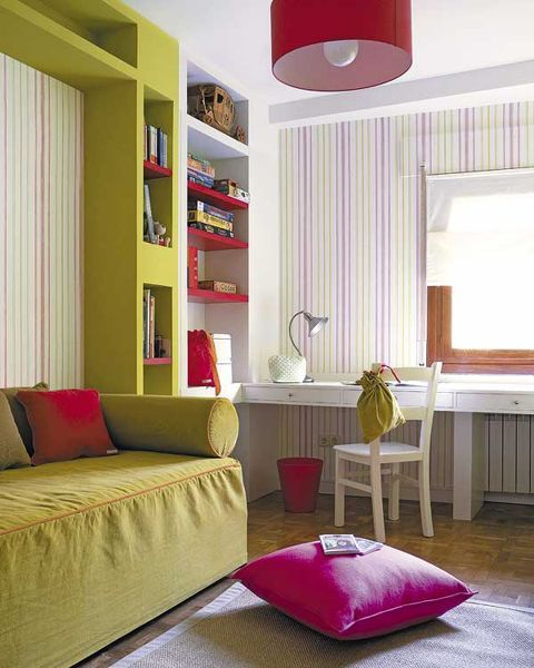 Compact Workspace In Small Bedroom Design Idea Small Home Office In Bedroom  09 Workspace Near Window U2013 Home Designs And Pictures Part 55