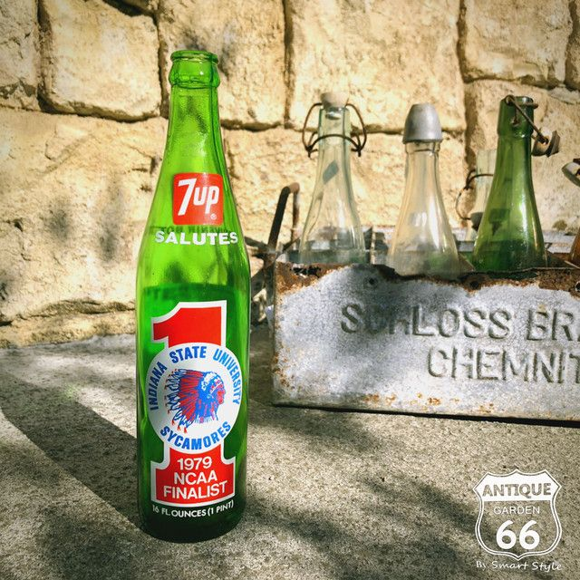 1979年 7 Up セブンアップ ビンテージ ボトル Ncaa ファイナリスト 記念ボトル アメリカ ヴィンテージ コレクタブル 瓶 I 139 006 Antique Style アンスタ アメリカ