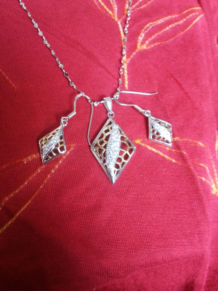 zircon silver dual tone set