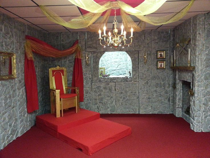 King's Throne Room (Learn-a-Lot Chambers)...Complete with Throne, Puppet Theatre Window & Fireplace.