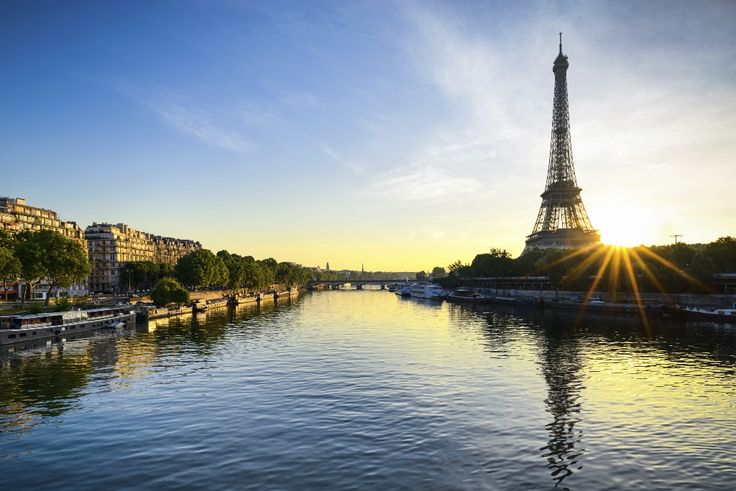 Paris Shopping - The Shopaholics Guide - Online Travel Insurance