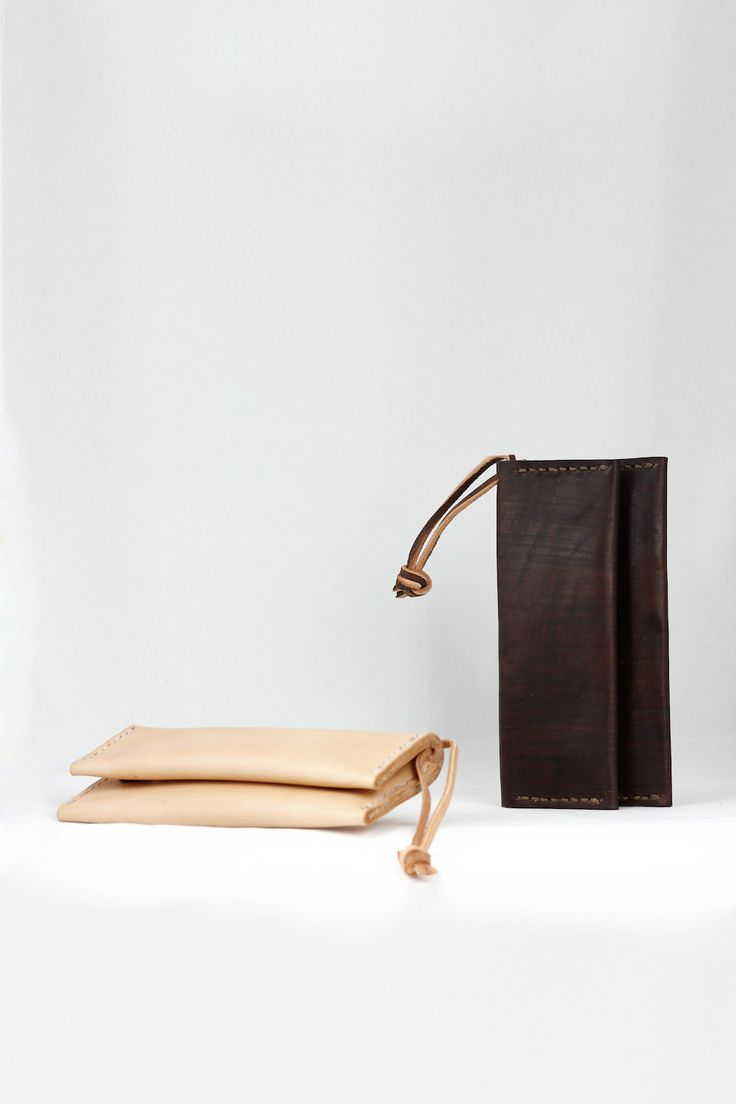 2# serie Tabaco case in nature and brown Czech high quality leather.