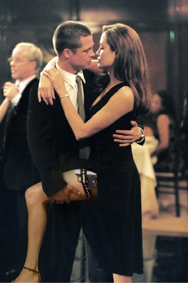 """""""Los finales felices son historias sin acabar""""  ...-Sr. y Sra. Smith"""